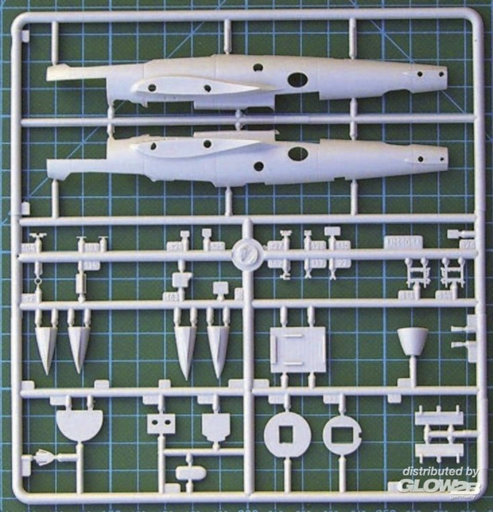 Unimodels UM101 Dive Bomber Pe-2 (early series) in 1:72