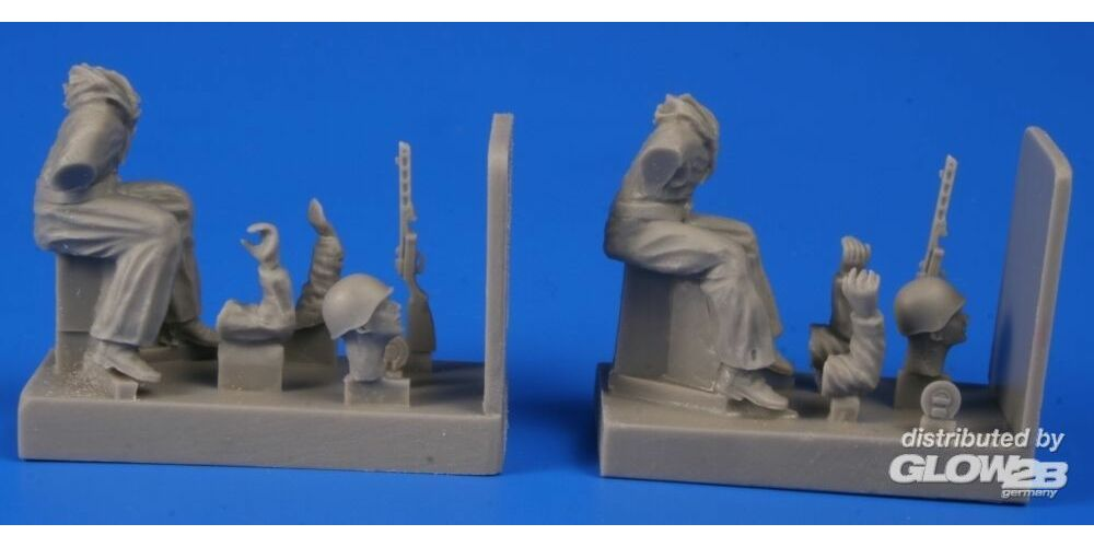 CMK 129-F48293 Soviet Tank Desant Troops,Part 1(2 Figur for a T-34 and another tanks in 1:48