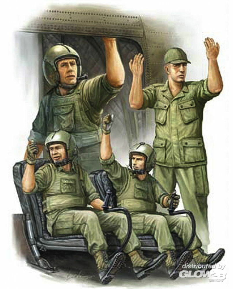 Trumpeter 00417 US Army CH-47 Crew in Vietnam in 1:35