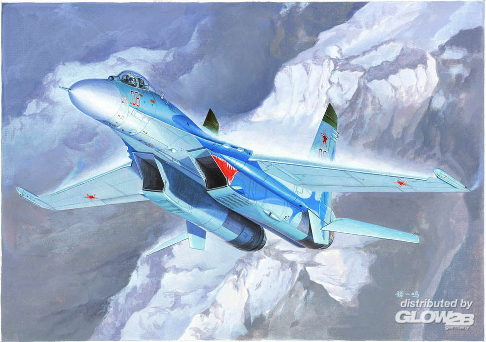 Trumpeter 01660 Russian Su-27 Flanker B Fighter in 1:72