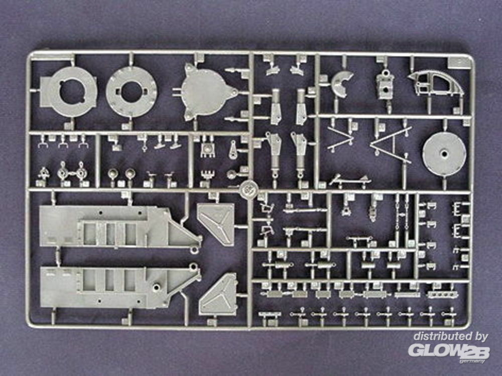 Trumpeter 00206 SA-2 Guideline Missile w/Launcher Cabin in 1:35