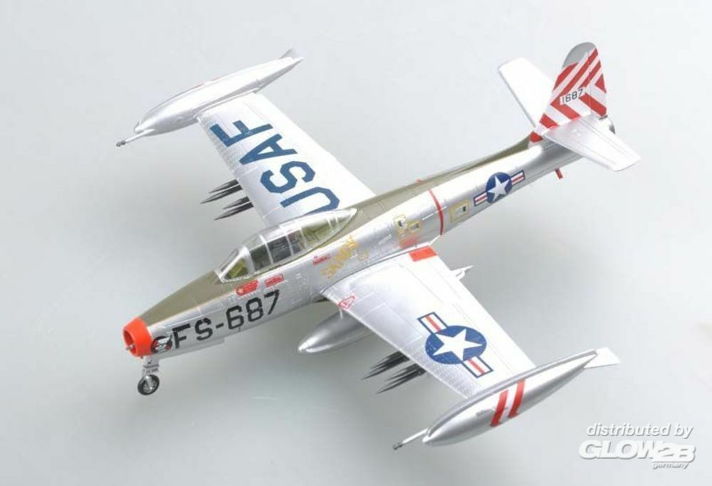 Easy Model 37108 F-84E SANDY assigned to the 9th FBS,Base in 1:72