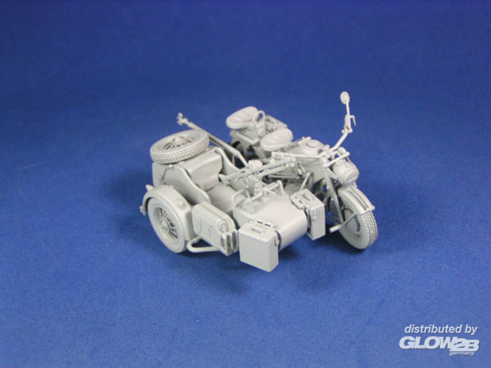 Lion Roar-GreatwallHobby L3508 WWII German Zündapp KS 750 with Sidecar /w trailers in 1:35