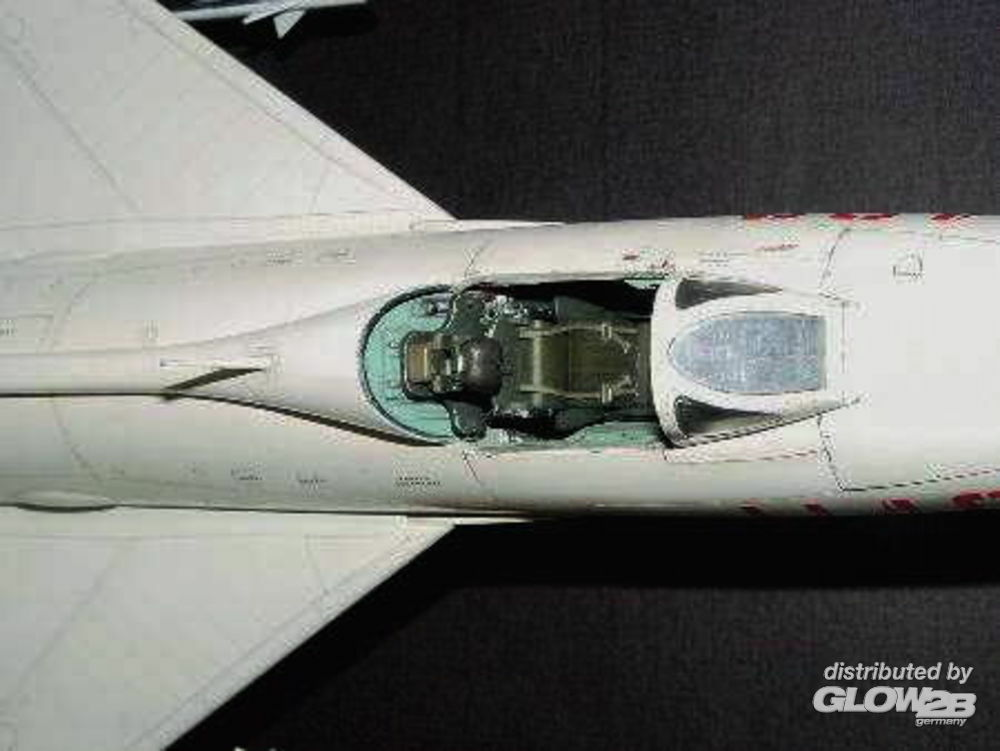 Trumpeter 02216 Shenyang F-7 II in 1:32