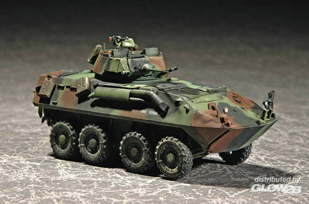 Trumpeter 07268 USMC LAV-25 (8X8) Light Armored Vehicle in 1:72