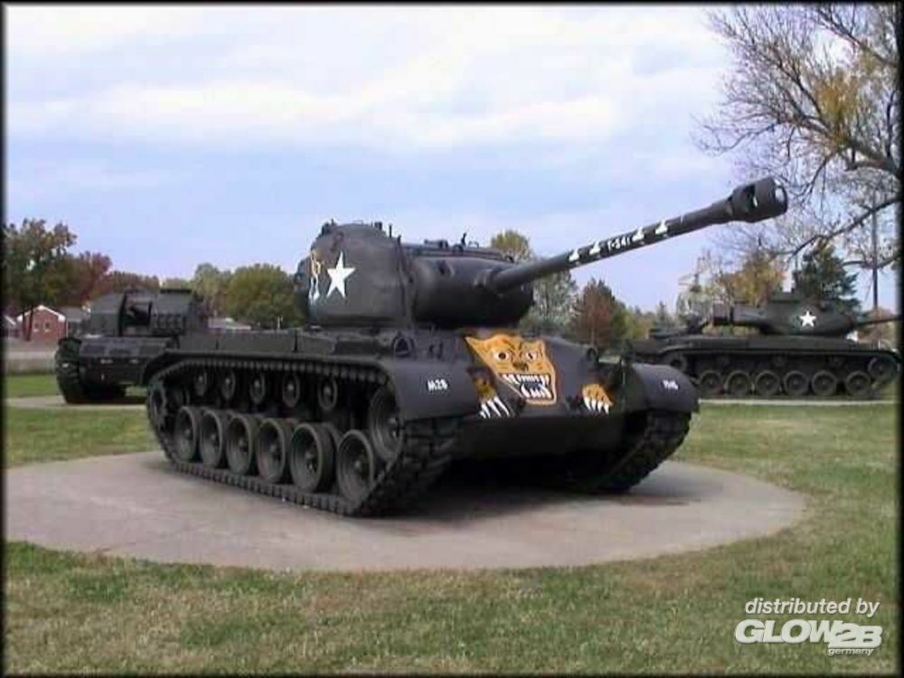 Trumpeter 07264 US M26 (T26E3) Pershing in 1:72