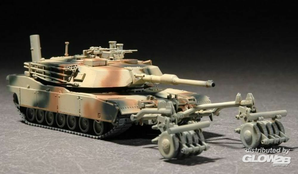 Trumpeter 07278 M1A1 with Mine Roller Set in 1:72