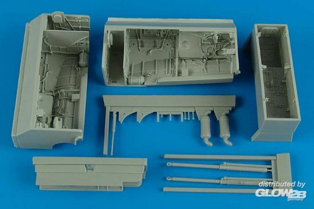 Aires 4507 Su-24M Fencer wheel bay for Trumpeter in 1:48