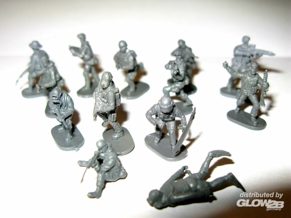 Caesar Miniatures H061 Modern Special Forces (Elite Police, Frogman, Seal, Delta Force) in 1:72