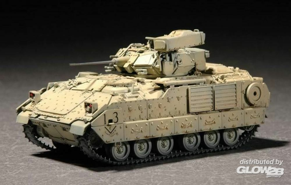 Trumpeter 07297 M2A2 ODS/ODS-E Bradley Fighting Vehicle in 1:72