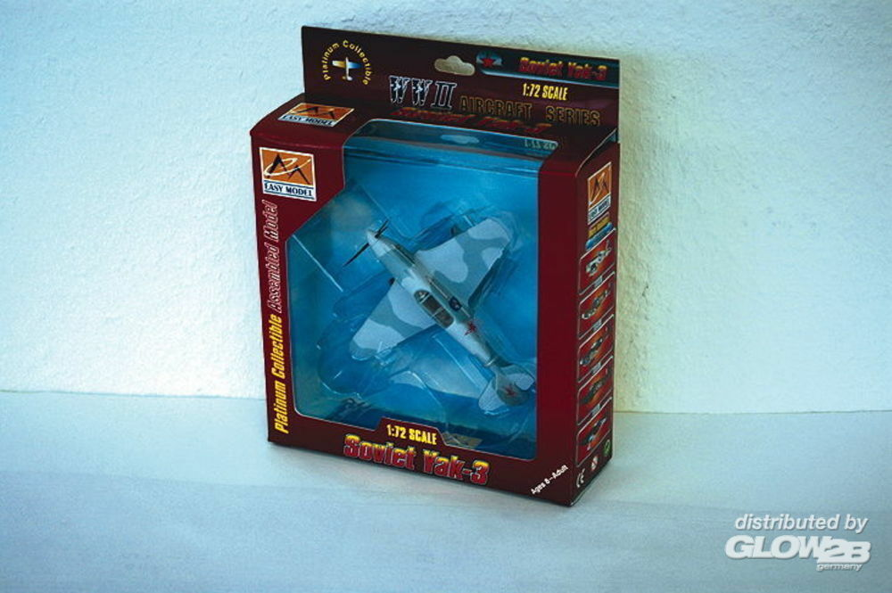 Easy Model 37226 YAK-3 303 Fighter Aviation Division 1945 in 1:72