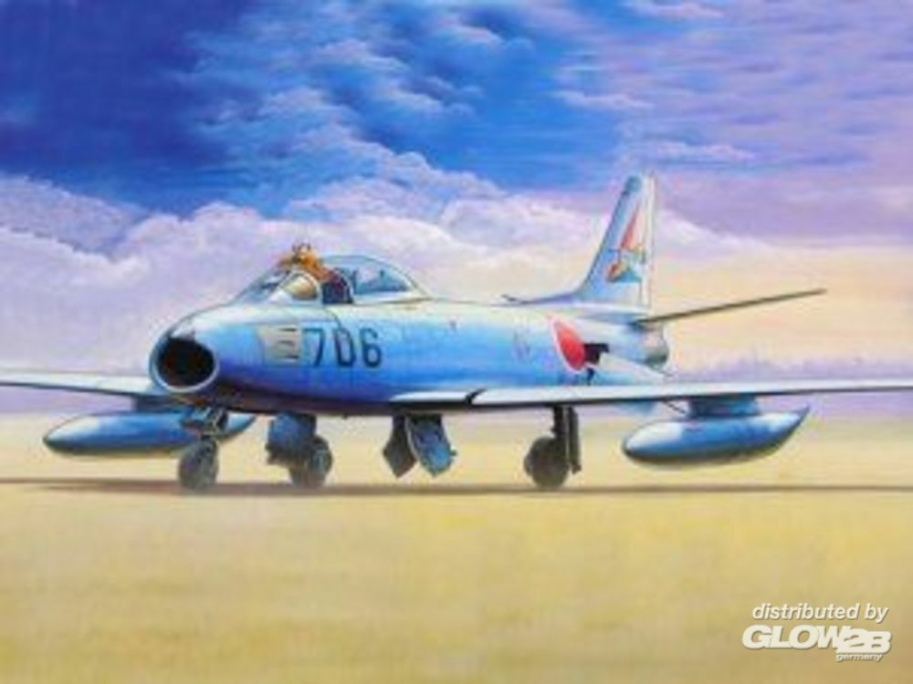 Trumpeter 01321 North American F-86 F-40 Sabre in 1:144