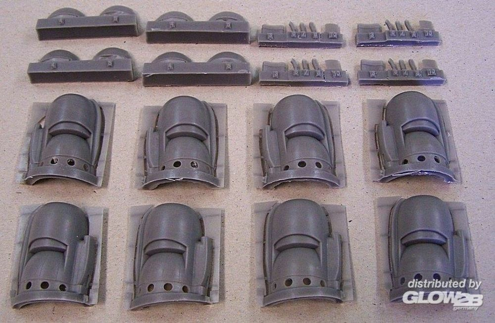 Plus model AL7009 Engine cowling for L 1049 Constelation in 1:72